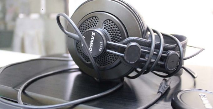Samson SR850 Review